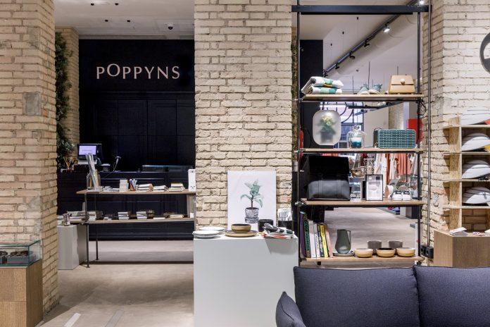 Interior de la tiendas Poppyns en Valencia. / Alicia Macias
