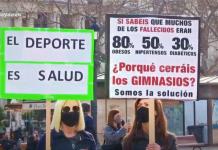 Los gimnasios de Valencia entrenan en el Ayuntamiento como señal de protesta