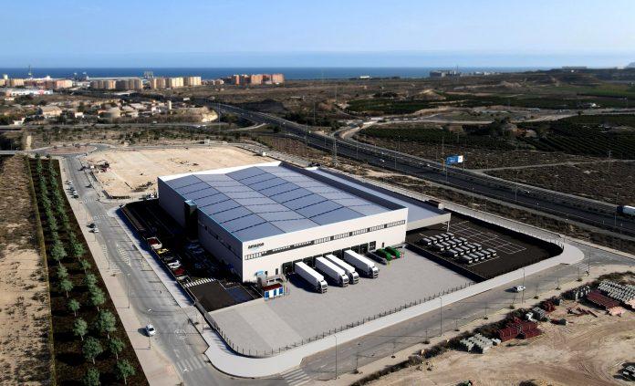 Diseño de la planta de Amazon en Alicante.