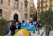 El ocio nocturno acampa ante la Generalitat para pedir ayudas