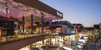 Consulta los centros comerciales que abren sus puertas este domingo
