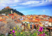 Paseando por Jalance, una localidad primaveral rodeada de flores
