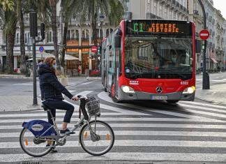 """Rechazo al nuevo carril ciclista de Ciudadela: """"es muy conflictivo"""""""
