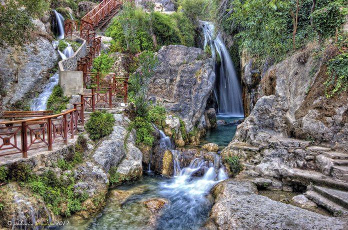 Las Fuentes de Algar, un paraíso acuático entre montañas