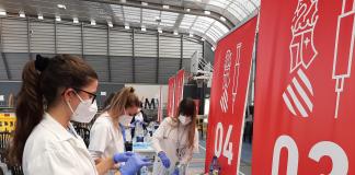 La Unión Europea se reúne de urgencia ante la posible suspensión de la vacunación