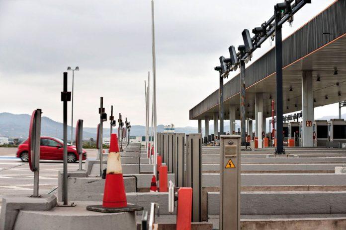Les Corts exigirá al Gobierno que la autopista AP-7 siga siendo gratuita