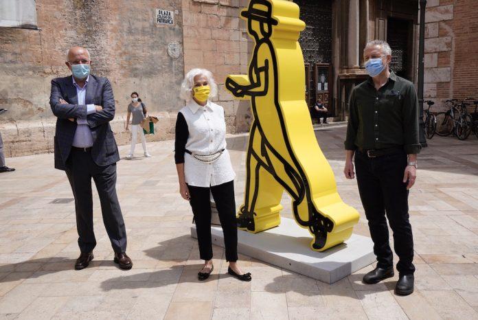 Las esculturas monumentales de Julian Opie llegan a Valencia