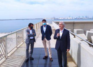 El Puerto de Valencia instala un sistema pionero de placas solares pisables