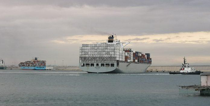El Puerto de Valencia confina dos buques que podrían llevar la cepa india