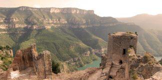 El Castillo de Chirel, una preciosa fortaleza oculta en las montañas de Valencia