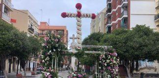 Las Cruces de Mayo se plantan en las calles de Valencia