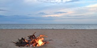 Valencia cancela la celebración de la Noche de San Juan en las playas de la ciudad