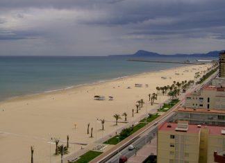Un hombre muere ahogado en una playa de Gandia