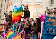 Nueva agresión homófoba: diez personas dan una paliza a dos jóvenes en Valencia