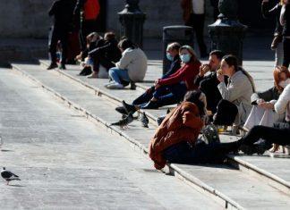 Los valencianos se sinceran: ¿miedo a la eliminación del toque de queda?