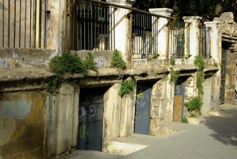 Las cuevas del centro de Valencia se preparan para convertirse en tiendas artesanales