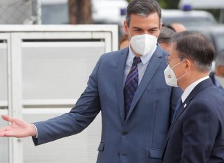 """Sánchez: """"Pronto vamos a abandonar las mascarillas en la calle"""""""