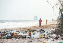 Banderas negras 2021 | Seis playas valencianas entre las peores de España