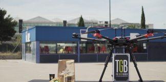 Una cadena de restaurantes prueba el reparto de comida a domicilio con drones