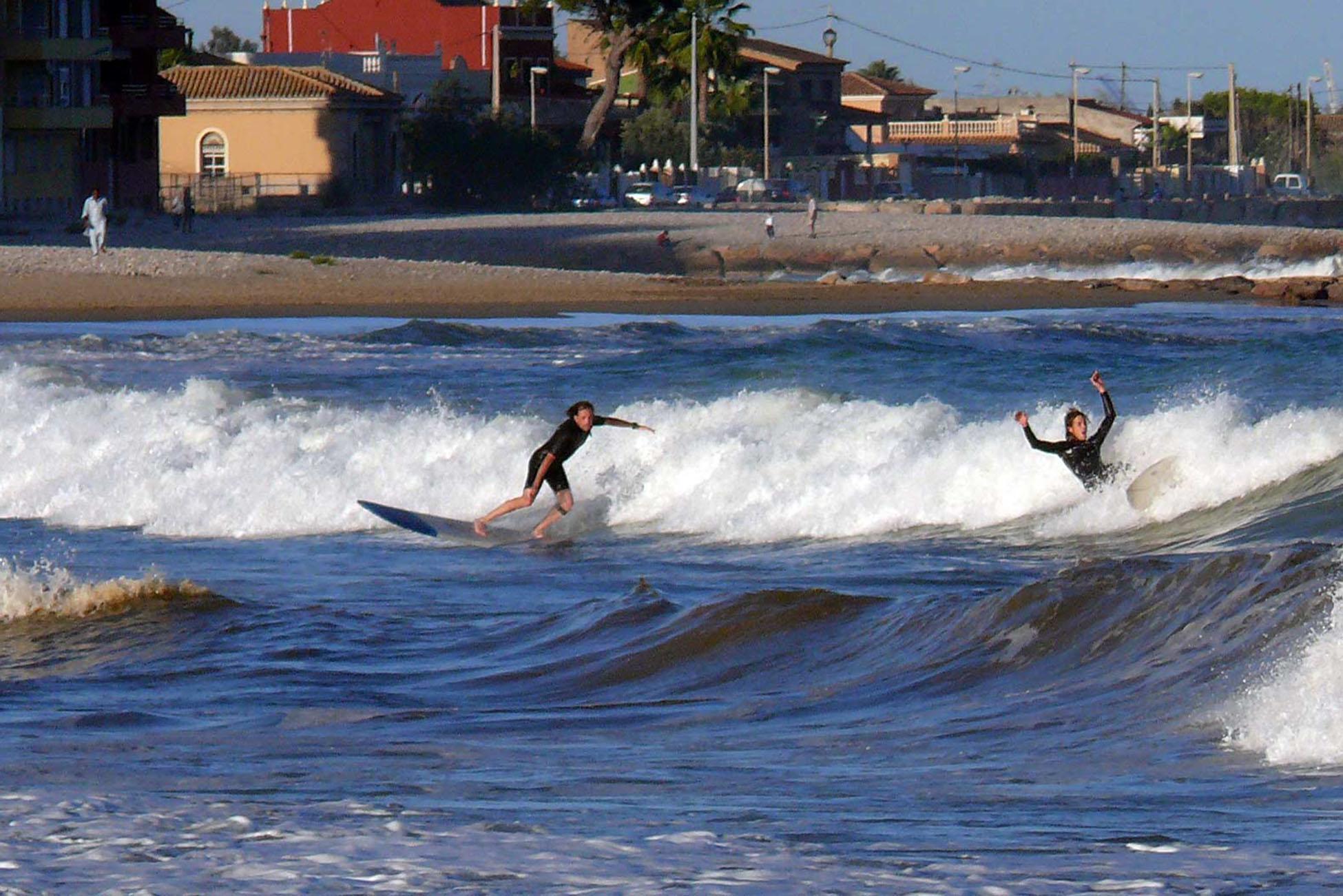 Las mejores playas de la Comunitat para hacer surf