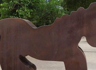 Siete esculturas de grandes dimensiones toman el paseo de la Alameda