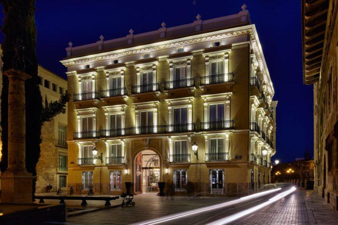 Así es el Palacio Vallier de Valencia, las paredes que esconden el legado de Lladró