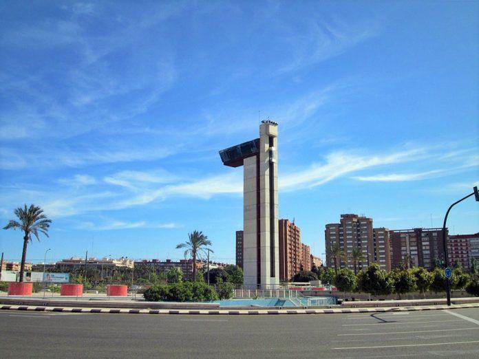 La Torre Miramar da los primeros pasos para convertirse en un espacio de deportes urbanos