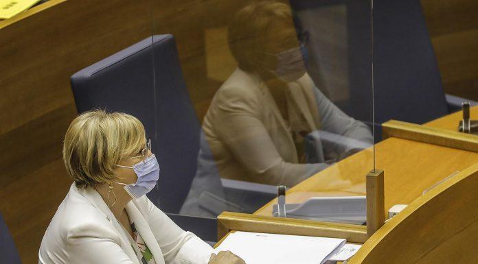 """Ana Barceló alerta a los valencianos: """"La mitad de los ingresados tienen menos de 50 años"""""""