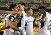El Valencia CF se crece en Mestalla