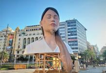 VÍDEO   Así es 'La Meditadora', el símbolo fallero que pasará a la historia de Valencia