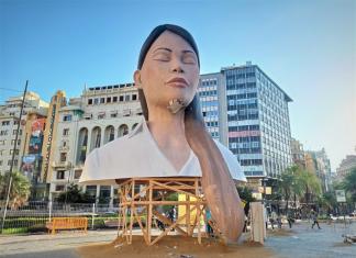 VÍDEO | Así es 'La Meditadora', el símbolo fallero que pasará a la historia de Valencia