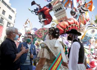 Valencia esquiva el efecto Fallas y reduce la incidencia de contagios