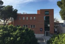 UNED València propone 'Un día lectivo con gafas violeta' para combatir el machismo desde las aulas