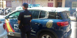 Detienen a dos jóvenes por violar a una mujer en un piso de Valencia