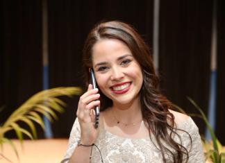 Vídeo: Así reacciona Carmen Martín y su comisión ante la llamada del alcalde